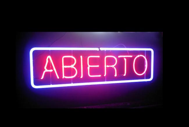 Abierto sign
